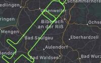 Nemecký pilot nakreslil na oblohu vakcínu. Oslávil tak deň koordinovaného očkovania proti ochoreniu Covid-19