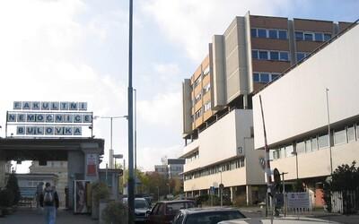 Nemocnice Na Bulovce ohlásila první dva členy zdravotnického personálu nakažené koronavirem