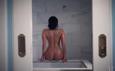 Nenalíčená Demi Lovato se bez ostychu svlékla na neupravených fotkách, aby si mohla užít koupelových hrátek
