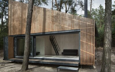 Nenápadná chata v Česku jednohlasně vyhrála prestižní soutěž o nejlepší stavbu v republice. Čím okouzlila?