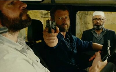Nenech si ujít trailer na akční drama 13 hours o teroristickém útoku v Benghází od Michaela Baye
