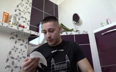 Nenechá ti toaletný papier a prinesie domov bezdomovca. Toto sú najhorší spolubývajúci podľa Naked Bananas