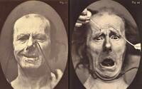 Nepríjemné výrazy ľudí po zásahu striedavým prúdom priamo do tváre. História pozná aj podobné bizarnosti