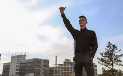 Nespokojení studenti se pustili do boje s českým školstvím. Národní studentský odboj má více než 200 členů (Rozhovor)