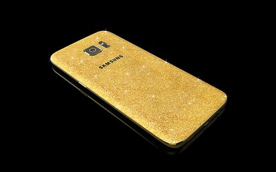 Nestačí vám klasický Galaxy S7 a S7 edge? V ponuke sú aj verzie s 24K zlatom a mastnou cenovkou