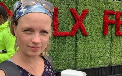 Netflix nabízí nadprůměrné platy, tvrdí Ester, která v něm pracuje. Občas je celý den v kině, může hrát i komparz (Rozhovor)