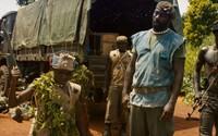 Netflix posiela emotívny trailer pre svoju vojnovú drámu Beasts of No Nation