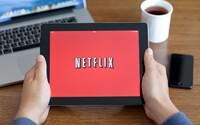 Netflix přichází s malou revolucí. Oblíbené filmy a seriály si můžete stahovat a přehrávat v offline režimu