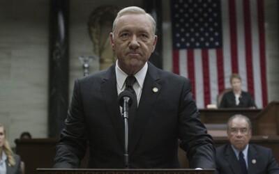 Netflix vykopl Kevina Spaceyho z House of Cards. Je možné, že bude seriál pokračovat bez něj?