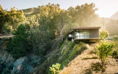 Netradičné bývanie s výhľadom na oceán v Kalifornii