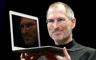 Neurologové potvrzují, že Steve Jobs předběhl dobu o dekády. Jeho intuice před 30 lety byla správná