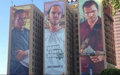 Neuveríte, ako vznikajú obrovské reklamy na budovách!