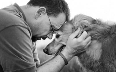 Neuveriteľne dojímavé fotky posledných spoločných momentov ľudí a ich psíkov