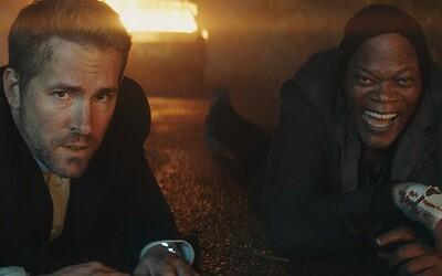 Neuvěřitelně vtipný trailer akční komedie představuje bodyguarda Ryana Reynoldse ochraňujícího nájemného vraha v podání Samuela L. Jacksona