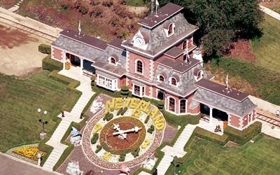 Neverland Michaela Jacksona je na prodej za 90 milionů eur. Co vše království popové legendy ukrývá?