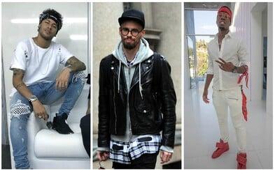 Neymar, Cristiano Ronaldo či Marek Hamšík. Zarábajú milióny, avšak z ich outfitov nás štípu oči