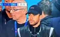Neymar ošklivě vynadal rozhodčím. Chystal se oslavovat s PSG, ale položila ho penalta