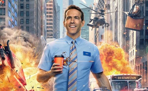 Nezmyselné situácie, v ktorých si Ryan Reynolds uvedomuje, že je vo videohre. Prvý trailer pre Free Guy je plný humoru a akcie