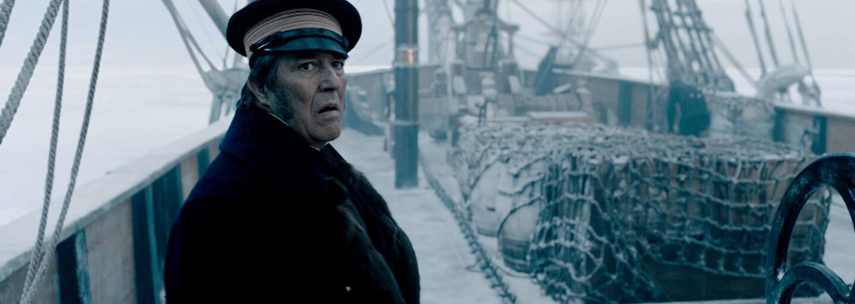 Neznáme zlo prenasleduje námorníkov uviaznutých v arktickej pustine v napínavom hororovom seriáli The Terror od Ridleyho Scotta (Recenzia)