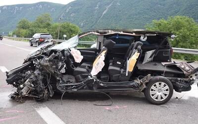 Nezodpovedná vodička z Rožňavy spôsobila hrôzostrašnú nehodu. Zdemolovala až 6 áut