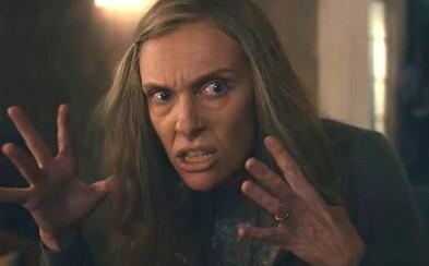 Niečo tu nehrá. Psycho thriller od Netflixu ťa ohúri trailerom s nečakanými zvratmi, nekonečne trasúcim sa psom a mrazivou hudbou