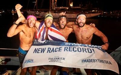"""""""Nikdy nekončiaca bolesť."""" Briti preveslovali Atlantický oceán za 29 dní a prekonali svetový rekord"""