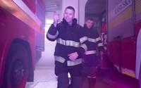 Nikdy nevedia, či sa domov vrátia živí. Košickí hasiči rapujú o nebezpečnej práci a Slováci ich milujú