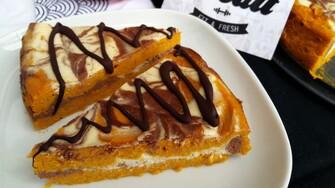 Nízkokalorický trojfarebný cheesecake s množstvom bielkovín si zamiluješ (Recept)
