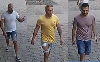 Nizozemci, kteří napadli číšníka v Praze, jsou obžalovaní z pokusu o vraždu. Hrozí jim až 18 let