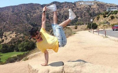 Norbert Gofčík z Nitry získal na šampionáte umení v LA titul majstra sveta v tanci. Jeho talent uznali kapacity ako Beyoncé či Ariana Grande