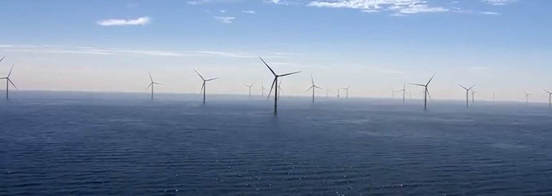 Nová veterná elektráreň na mori má rozlohu 20 000 futbalových ihrísk, je najväčšou na svete