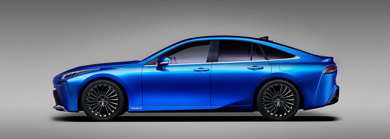 Nová vodíková Toyota Mirai sľubuje dojazd až 850 kilometrov