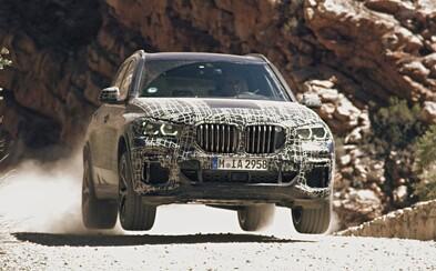 Nová X5-ka podlieha extrémnemu testovaniu. BMW avizuje unikátny podvozok