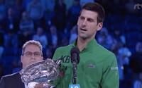 Novak Djokovič vyhrál finále Australian Open, získal tak již svůj 17. grandslamový titul. Uctil i Kobeho Bryanta