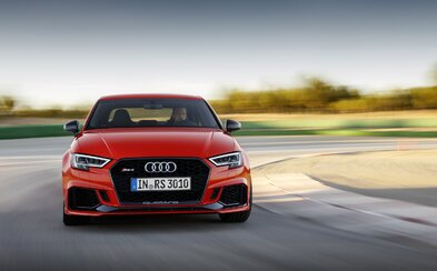Nové Audi RS3 Sedan se 400koňovým pětiválcem se stává výkonnostním králem svého segmentu!