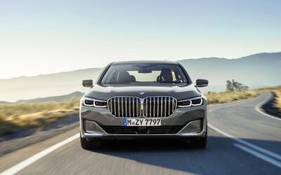 Nové BMW 7 dostalo nejen obrovské ledvinky, ale opět i majestátní V12