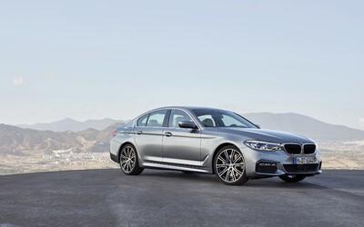 Nové BMW řady 5 přichází. Nechybí ovládání gesty, parkování klíčem nebo M550i, které je rychlejší než M5!