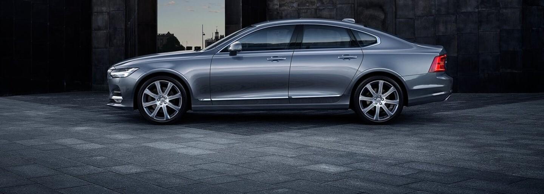 Nové luxusné Volvo S90 odhalené už aj oficiálnou cestou. Vyzerá nádherne!