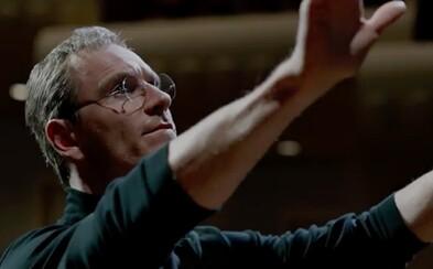 Nové zábery pre drámu Jobs pália jednu silnú scénu za druhou