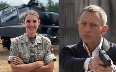 Nového Jamesa Bonda by si mohla zahrať transgender vojačka z britskej armády, vyhlásil známy herec