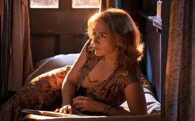 Novinka kultového Woodyho Allena Wonder Wheel s Kate Winslet, Justinom Timberlakeom a Juno Temple sa predstavuje na lákavých fotografiách