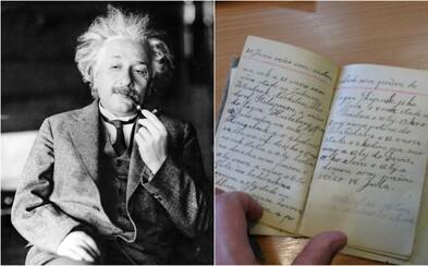 Novoobjavené Einsteinove denníky sú plné rasistických poznámok. Počas ciest opisoval Číňanov ako hlúpych, bezduchých a stádovitých