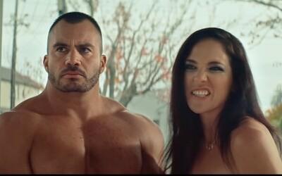 Novozélandská vláda natočila reklamu s nahými pornoherci. Upozorňují mladé na nástrahy internetu