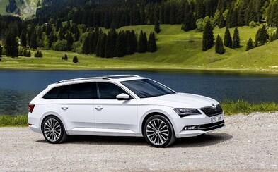 Nová Škoda Superb Combi odhaluje cenu a svoji plnou krásu na nových, exteriérových záběrech