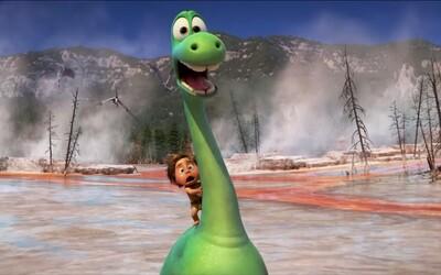 Nový animák od Pixaru o dinosaurech, kteří nevyhynuli, je v nové ukázce prostě nádherný