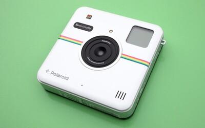 Nový foťák od Polaroidu okamžite vytlačí tvoje fotky a hneď ich aj nahrá na Instagram