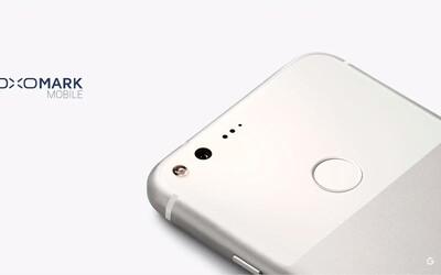 Nový Google Pixel je smartphone s nejlepším fotoaparátem na světě. Nevyrovná se mu žádný Samsung ani iPhone