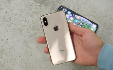 Nový iPhone XS zažíva prvý problém. Stovky ľudí, ktorí ho už dostali do rúk, sa sťažujú na slabý a vypadávajúci signál