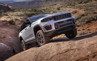 Nový Jeep Grand Cherokee je realitou. Má na výběr tři motory, nejsilnější je paradoxně ten nejmenší