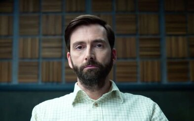 Nový Mindhunter? Seriál Criminal od Netflixu bude objasňovat všechny případy v klaustrofobických vyšetřovacích místnostech